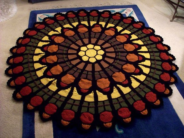 1000+ images about Cathedral rose window afghan (crochet ...