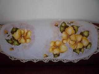 501 best images about pintura en tela manteles caminos for Manteles individuales para mesa