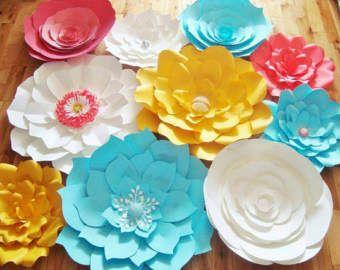 15 flores de papel grandes  multicolor con por DreamEventsinPaper