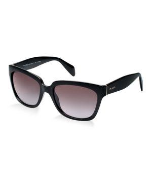 Love these Prada sunglasses