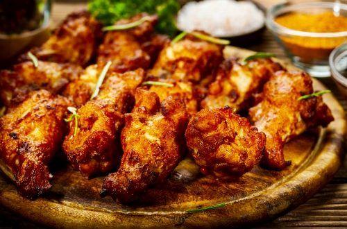 食欲が落ちやすい季節の食欲アップに、スパイスの効果を利用してみませんか?インド料理にかかせないターメリックは食欲の増進の他に、胃の粘膜の保護、コレステロール値を下げて、体の炎症を抑えてくれます。スパイスを使って、食欲アップ!たまには本格的なインド料理に挑戦してみましょう。#レシピ#料理#健康#オーガニック#ビーガン