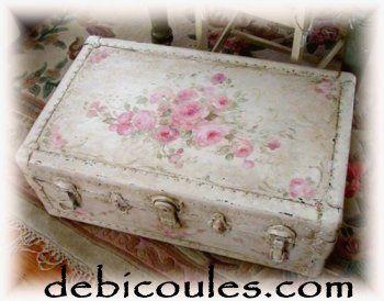 valijas viejas de carton recicladas - Buscar con Google