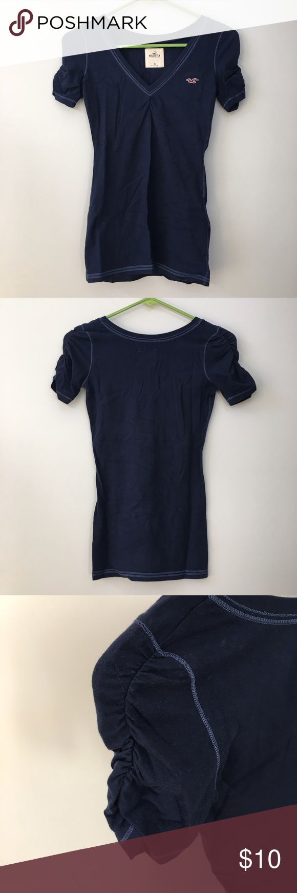 Hollister HCO Navy Short Sleeve Top Brand: Hollister Size: XS Condition: 100% New without tag Closet Clearance! For all HCO/A&F items, I can offer bundle discount! Comment below :) Hollister Tops Tank Tops