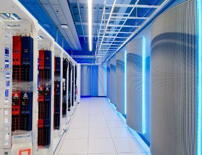 eBay's Project Mercury #datacenter in Phoenix, Arizona. Purchase Cabling at www.ModernEnterpr...