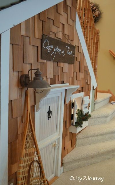 darling play space as seen on @sawdust and paper scraps blog featuring @Joy2Journey's blog Play house under the stairs transformation!