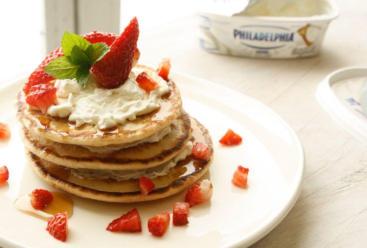 ¿Qué te parece preparar una receta de Hot Cakes para el desayuno? Está receta te tomará sólo 35 minutos, ¡Te encantará!