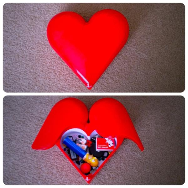 Day31: Inside - A HEart filled with Lollies by @robbingburger