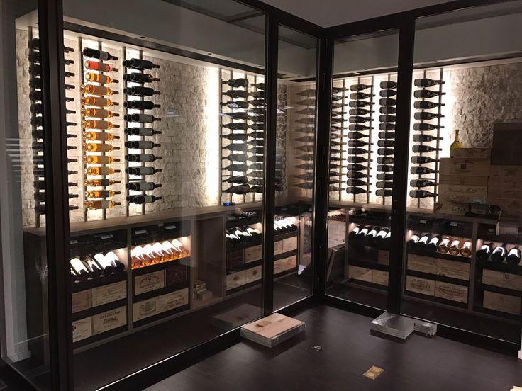 25 beste idee n over wijn kamers op pinterest wijnkelders wijnopslag en wijnkelder - Moderne wijnkelder ...