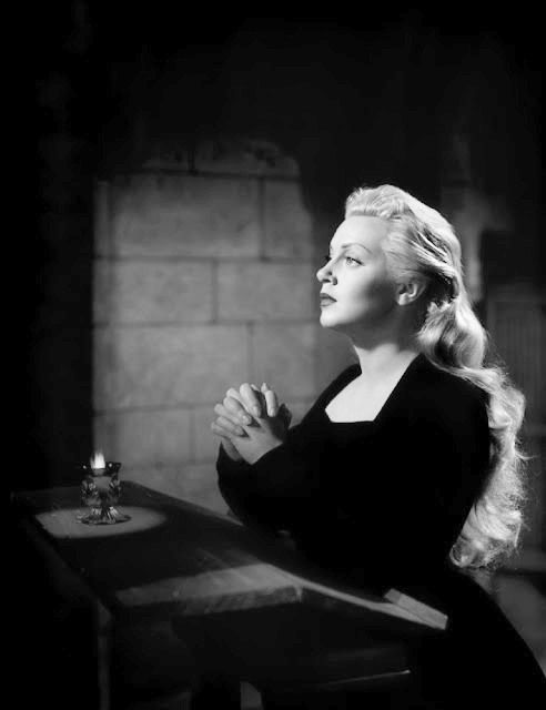 Lana Turner in The Three Musketeers (George Sidney, 1948)