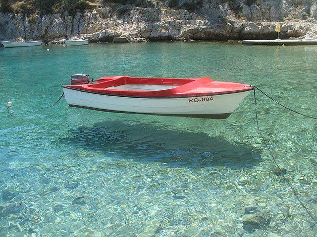 Solta, CroatiaBeautiful Islands, Clear Water, Water Pictures, Croatia Restaurants, Soltas Croatia, At The Beach, Soltas Islands, West Coast, Split Croatia Beach