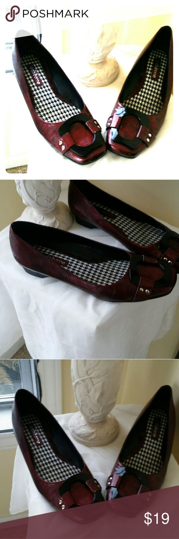 Liz Claiborne Flats. Beautiful shoes Almost burgundy with a little black. Look like new cond . comfy. Rubber soles. Liz Claiborne Shoes