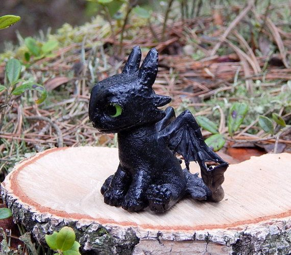 Toothless baby  Toothless Night Fury sculpture от ViaLatteaArt