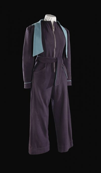 A woman's all-in-one garment, nicknamed the 'siren suit'.