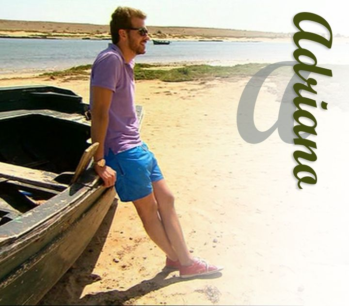 Adriano décontracté pour un RDV à la plage! #short #polo #montre #sneakers #sunglasses