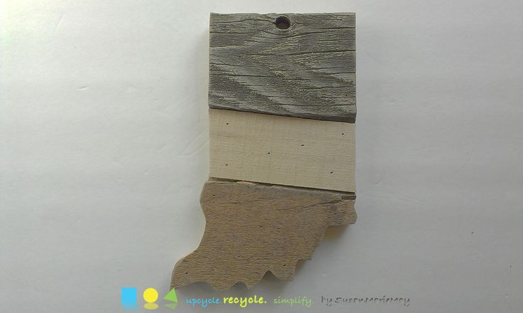 Indiana map art Indiana state wall art Wood art wood wall art pallet art pallet wall art barn wood art barn wood decor barnwood art by SusanMarieMay on Etsy https://www.etsy.com/listing/232717246/indiana-map-art-indiana-state-wall-art