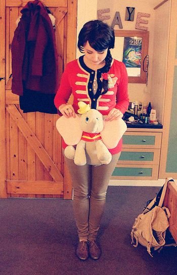 """queen-alice:    Did a Dumbo themed outfit today à la """"Disney Bound""""."""