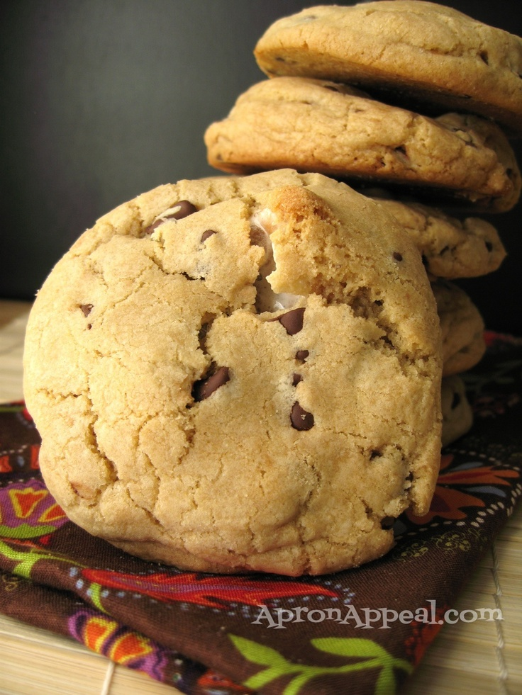 Mores Stuffed Chocolate Chip #Cookies | S'more Please | Pinterest