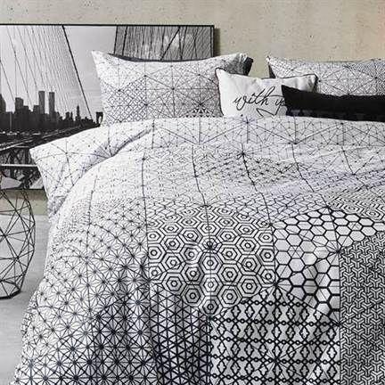 Mooi #grafisch dekbedovertrek voor in een #moderne #slaapkamer! - Kardol en Verstraten Honeycomb dekbedovertrek