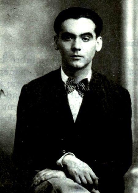 Federico García Lorca (5 June 1898 – 19 August 1936)  http://en.wikipedia.org/wiki/Garc%C3%ADa_Lorca  http://www.poets.org/poet.php/prmPID/163