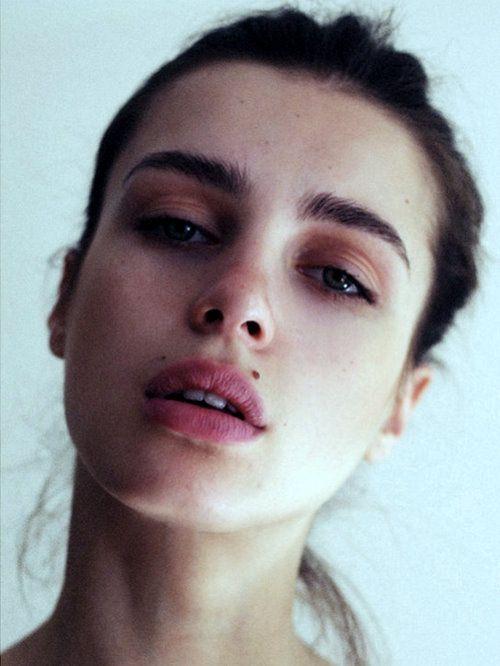 cincosoles:  perf eyebrows