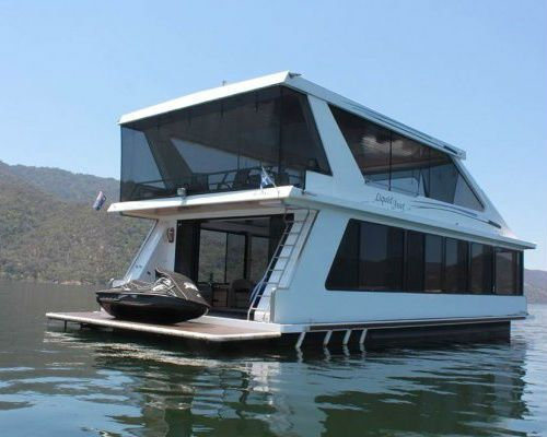 Hmmm, can see myself in this | Houseboat Sales Liquid Asset 2008 |  #HouseboatsforSale #HouseboatsforSaleVIC #HouseboatsforSaleVictoria #UsedHouseboatsforSale #UsedhouseboatsforSaleVictoria