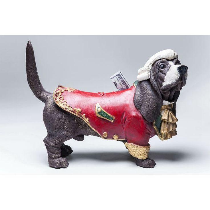 Κουμπαράς Buttler Dog Από κανένα καλό σπίτι δεν πρέπει να λείπει ένας Buttler, ειδικά αυτός ο αρχοντικός σκύλος που είναι κουμπαράς και συγχρόνως ένα υπέροχο διακοσμητικό στοιχείο στο χώρο. Υλικό: polyresin .