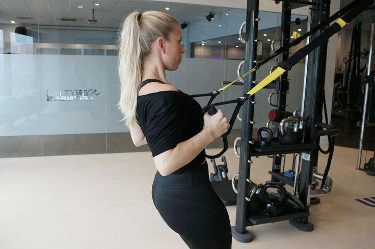 Ik ben ontzettend fan van de TRX!Met de TRX train je door middel van zwaartekracht en je eigen lichaamsgewicht en zo kun je hele effectieve workouts doen! Trainen met de TRX zorgt voor een sterke …