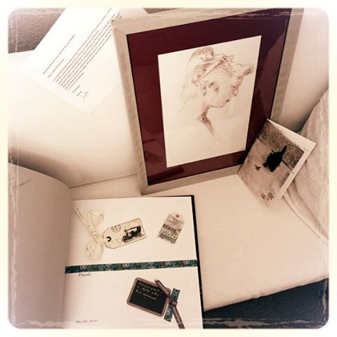 We did not only receive amazing art but also a wonderful and very unique album with a collection of art by Pascale @pas_caleart 📖🎨💜 We cannot thank you enough, dear Pascale ! … #clusterheadaches #awareness #international #art #project #artecluster...