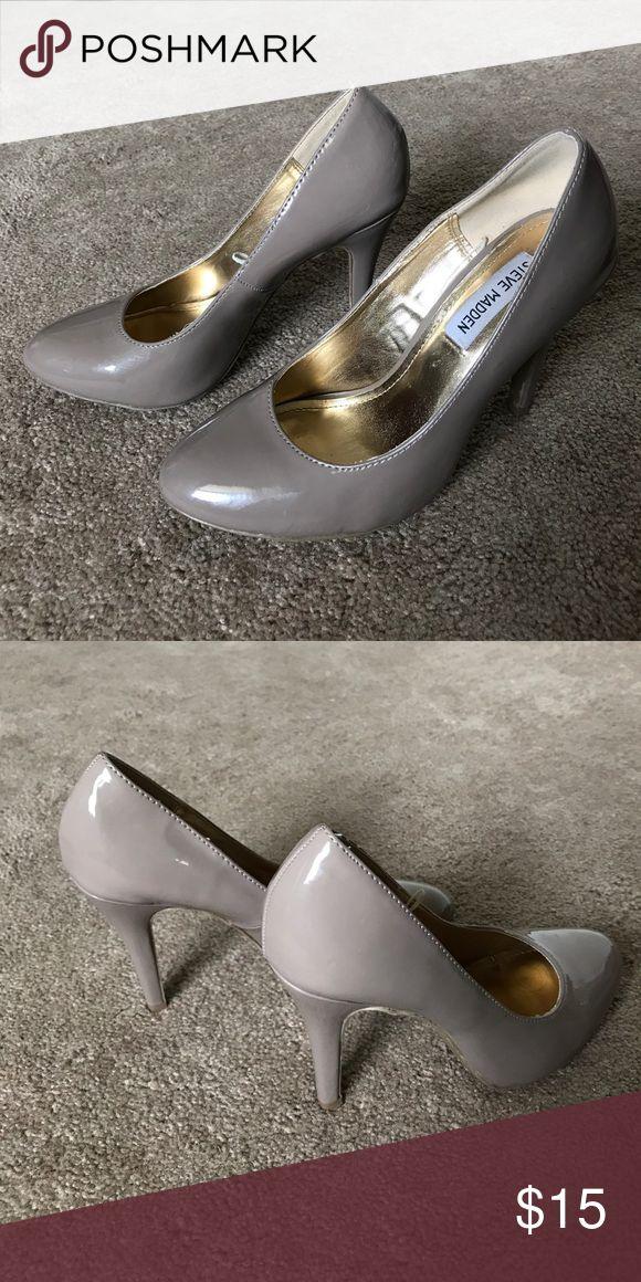 Neutral Pumps Greige pumps. 3.5-in heel. Great for work or play! Steve Madden Shoes Heels