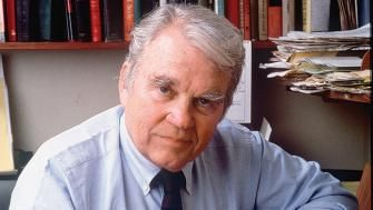 Andy Rooney on Women Over Forty  http://www.divinecaroline.com/entertainment/andy-rooney-women-over-forty