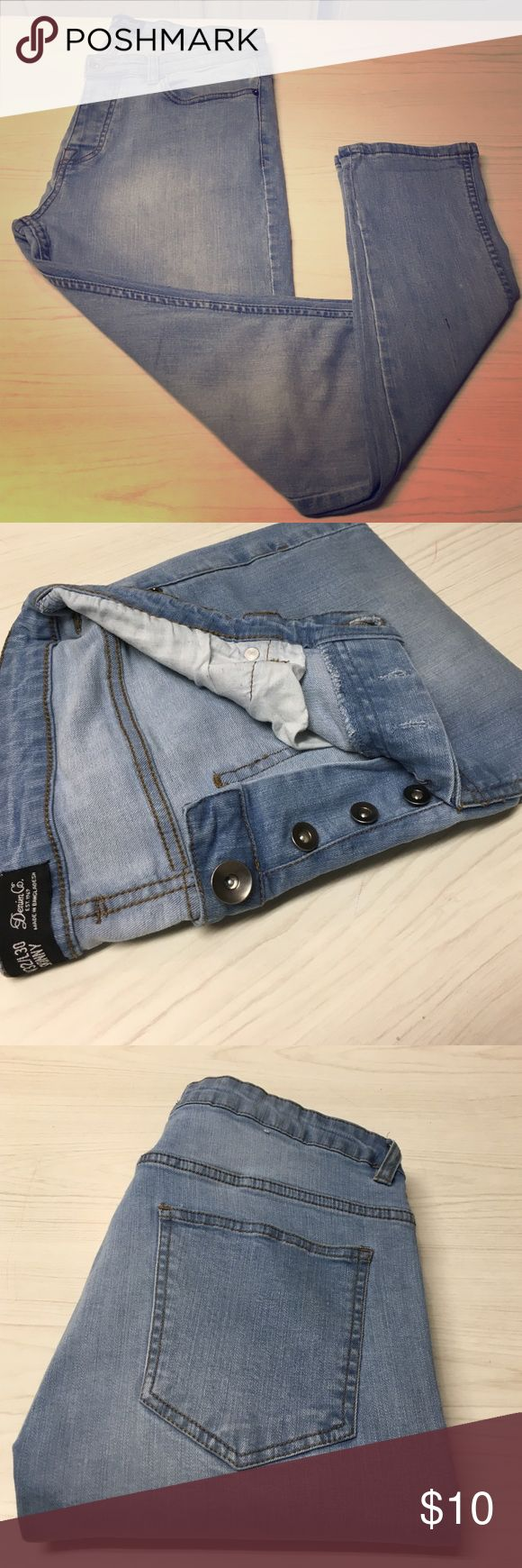 Denim Co. (Primark) Light Wash Skinny Denim Primark brand Denim Co. Skinny Fit Denim in Light Wash. Minor Wash Distressing on Thighs and a Button Fly. Primark Jeans Skinny
