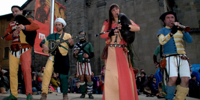 03/12/2016 - 06/12/2016  Vic's Mediaeval Market is a leisure and cultural event that will enable you to spend a fun-filled day in the capital of the Osona region #Osona #Vic #market #medieval #bcnmoltmes