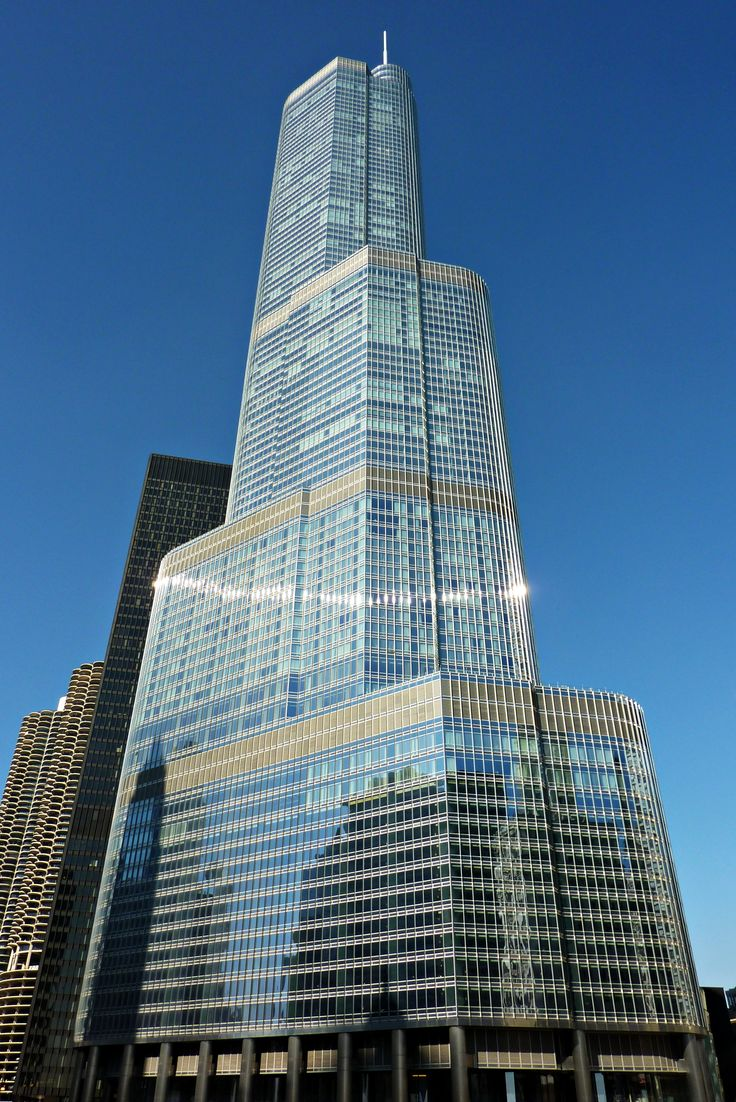 14. #Trump #International #Hotel & #Tower in #Chicago was completed in 2009 and stands tall at 1389 feet. It also stands as the #tallest building in the world, using #reinforced concrete as its primary material.