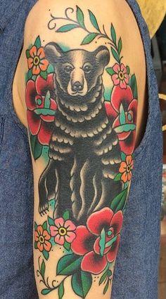 1000+ ideas about Traditional Bear Tattoo on Pinterest | Bear ...
