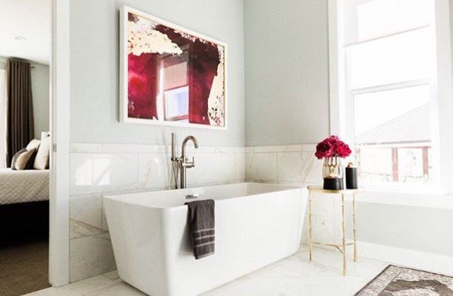 Gorgeous bath. Ellie and Jared's