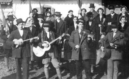 Croatian folk music links & chords.