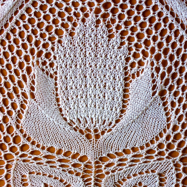 Knitted Tablecloth Patterns : 19 best images about Hebert niebling on Pinterest English, Lace and Ravelry