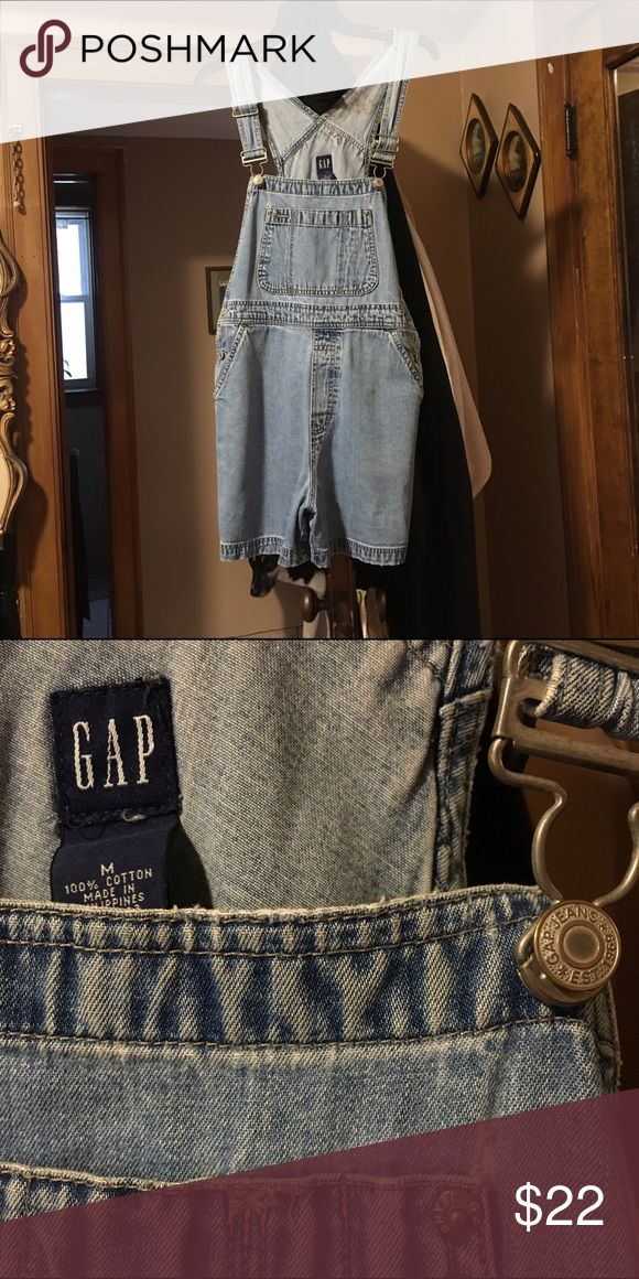 Vintage GAP Jean Overall Shorts What is there to say? Everybody needs jean overalls in their wardrobe! They're a medium, but I'm a size 10 and these fit me comfortably! GAP Jeans Overalls