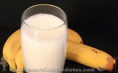 BATIDO DE PLÁTANO O BANANA. Cómo hacer batido de banana (sin azúcar, con stevia, descremado) bajo en calorías y colesterol, apto para diabéticos. Receta saludable. COCINA FÁCIL Y SANA. INCLUYE VÍDEO.