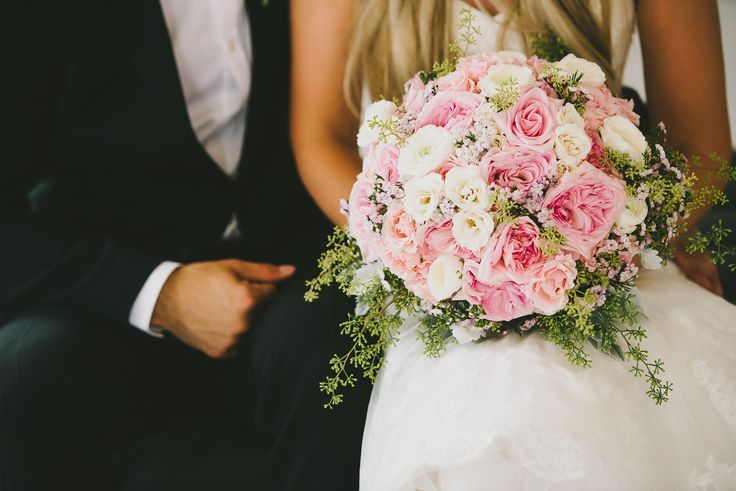 Beautiful pink blooms to brighten your day!! Real wedding, Winnipeg Manitoba  Photo from Kampphotography. #winnipegweddings #inspiredeleganceevents #blush #gold #itsallinthedetails #wedding