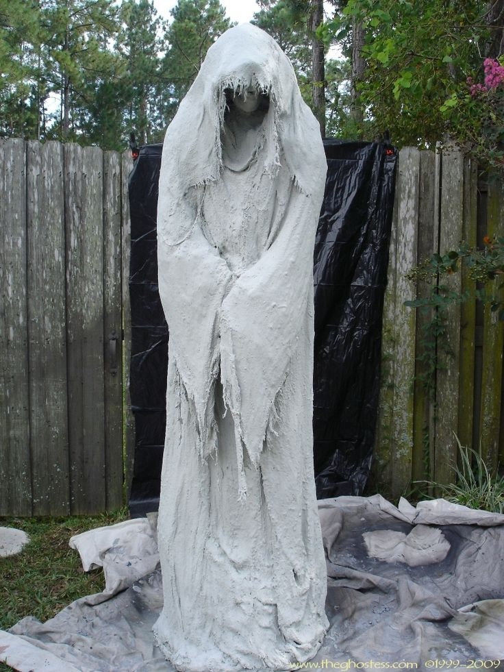 a monster mud reaper about tall use a schedule 40 inch pvc frame and chicken wire to build him find this pin and more on diy halloween props - Diy Scary Halloween Decorations For Yard