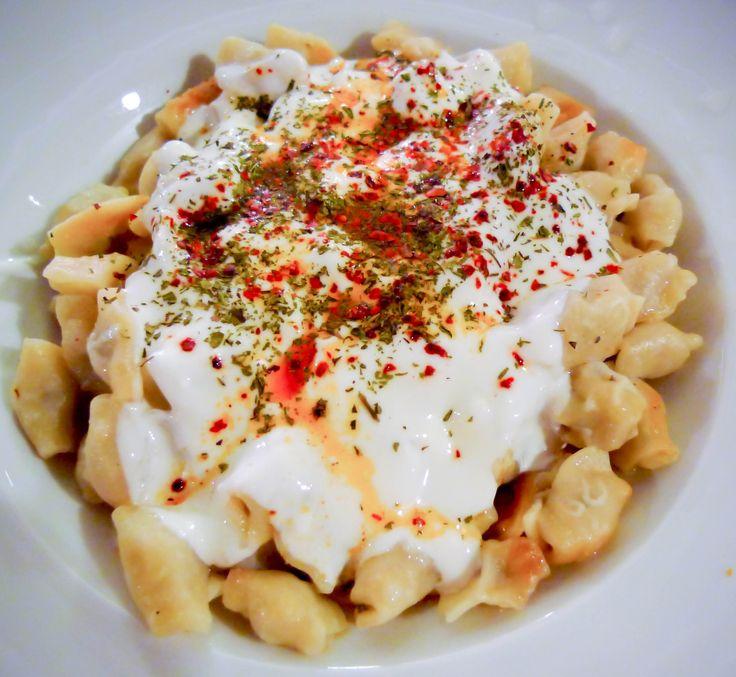 Cibo Turco: Manti #love #turkey #food #TurkishFood #istanbul #travel #holiday #vacation #summer #estate #viaggio #turchia #mare