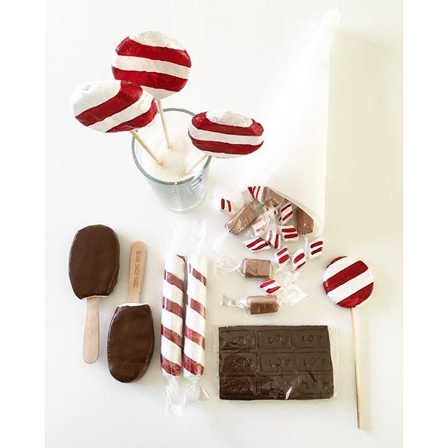 Det blev en choklad, fudgekola -och polkagrisinvation i trolldeg idag. Såhär lagomt mot jul. Alltså ...