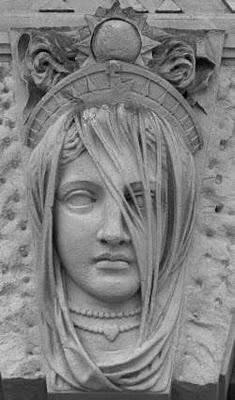 Hypatia científica matemática y dirigía la biblioteca de Alejandría juntó con su padre Teon,