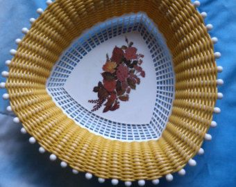 Plastona Woven Plastic Bread Fruit Basket from England Retro Kitchen Kitsch from the 1960s