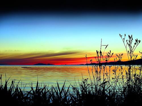 Magnesium Sunset by midorigreenforever, via Flickr