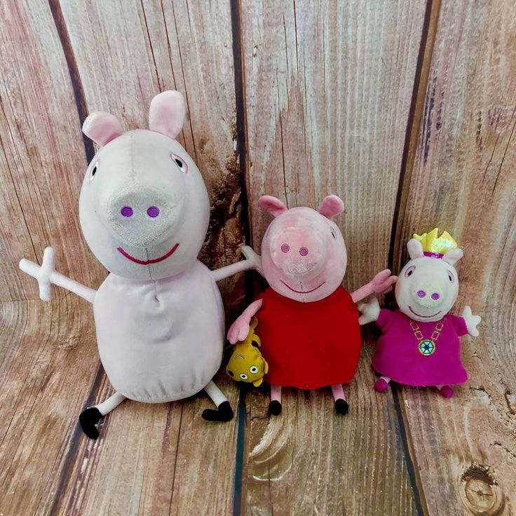 Peppa Pig Bundle Teddies 2 Talking interactive 1 Normal soft toy princess crown