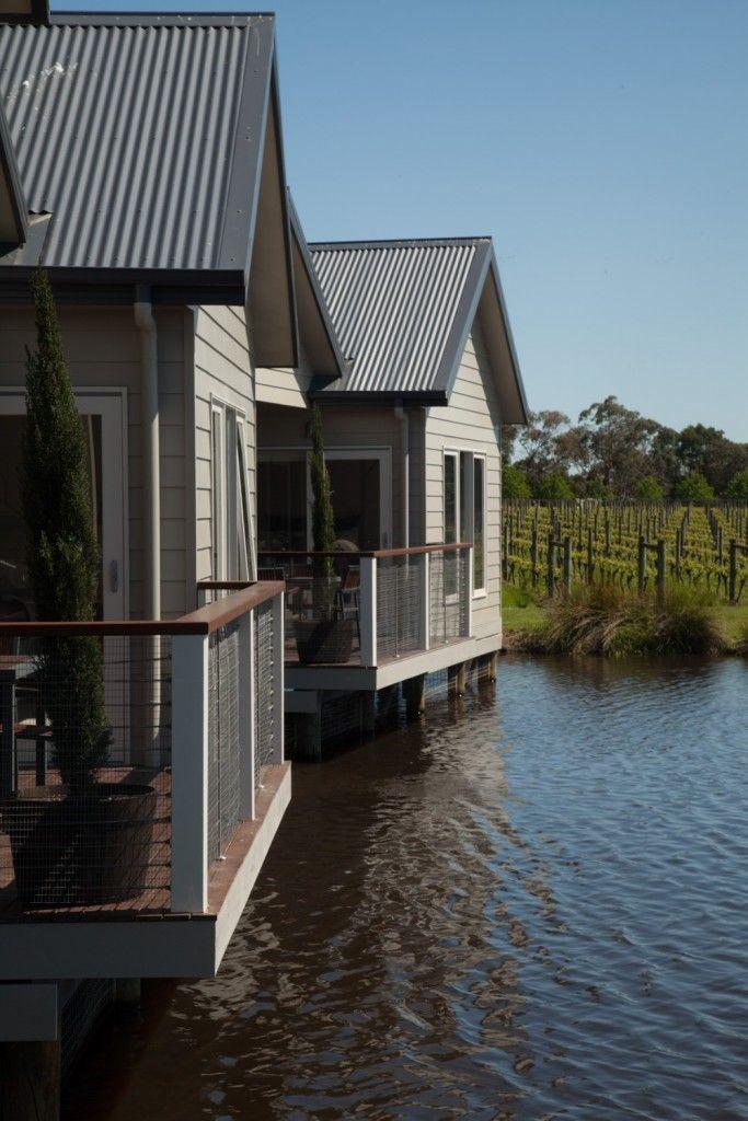 Accommodation - Lakeside Villas