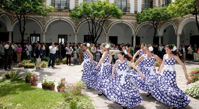 #Fritid Córdoba, byen fra mange epoker Byen som er erklært verdensarv av #UNESCO, ligger i innlandet i regionen Andalucía, i Sør-Spania, og tilbyr en fascinerende blanding av fortid og det moderne.  #Fritid #land_og_fritid #marin_fritid #kama_fritid #fjeld_og_fritid