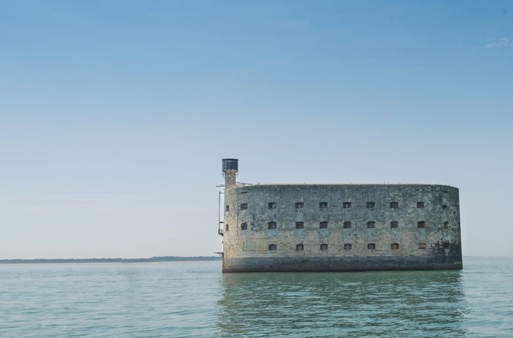 Between the island of Aix and Oléron Island, the high walls of Fort Boyard rise above the waves. Built in the nineteenth century to protect the mouth of the Charente and Rochefort English assaults, Fort Boyard not going to experience a very short military career, quickly turned into a prison and then abandoned. It is a famous TV show that will awaken the fort from its long sleep in the 1990s, giving the site an international reputation.  © bonaime / 123RF